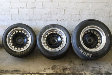 Partial wheel set used damaged