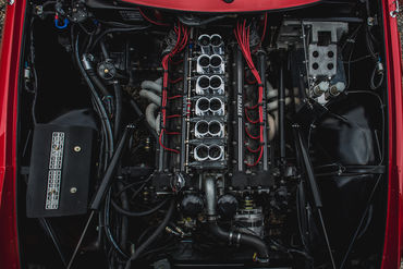 061 Ferrari Daytona Motor Photo Carlos Perez